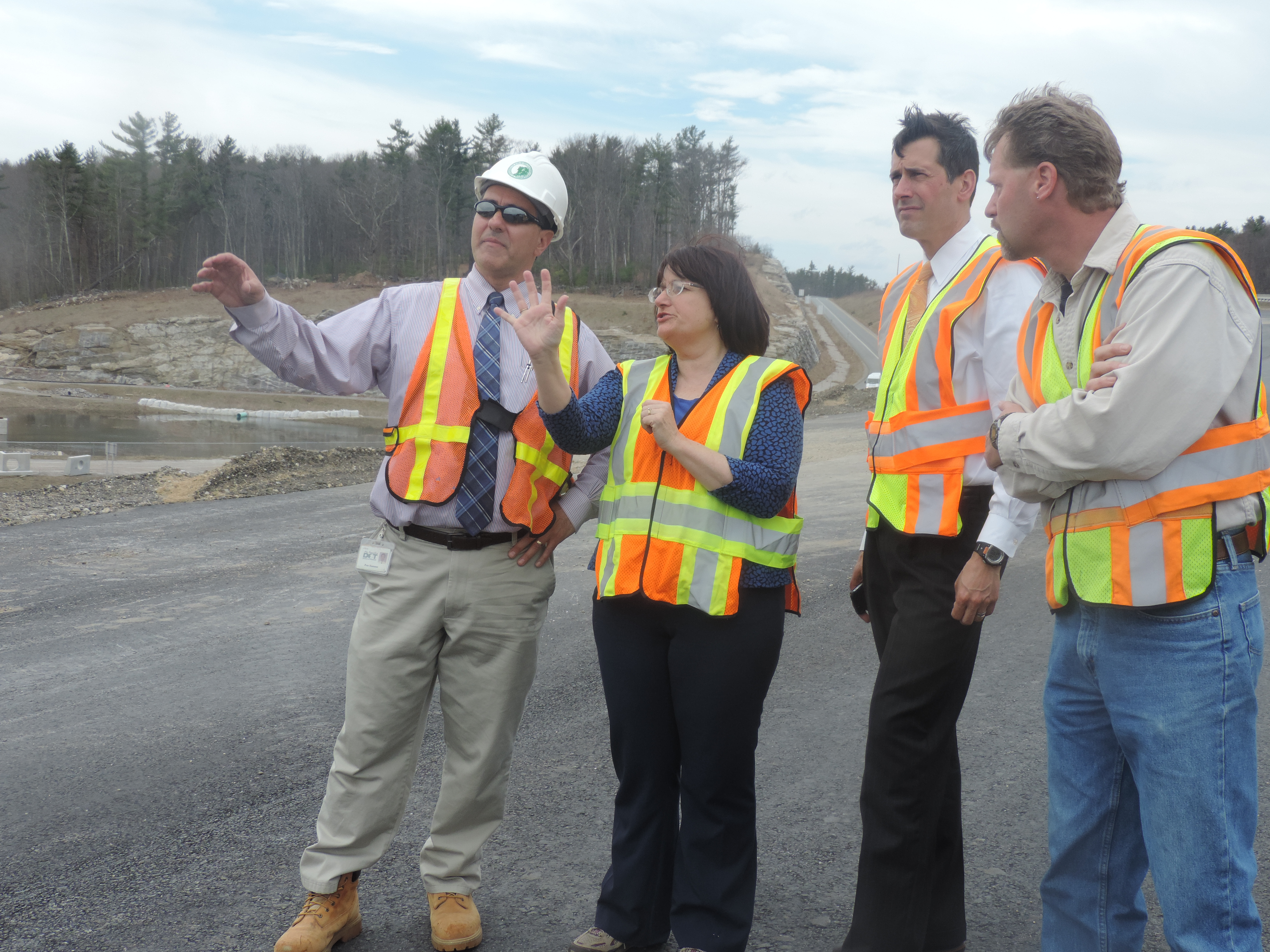(Monday, April 14, 2014 | Congresswoman Kuster hears from New Hampshire Department of Transportation officials about the importance of funding for the I-93 expansion.)